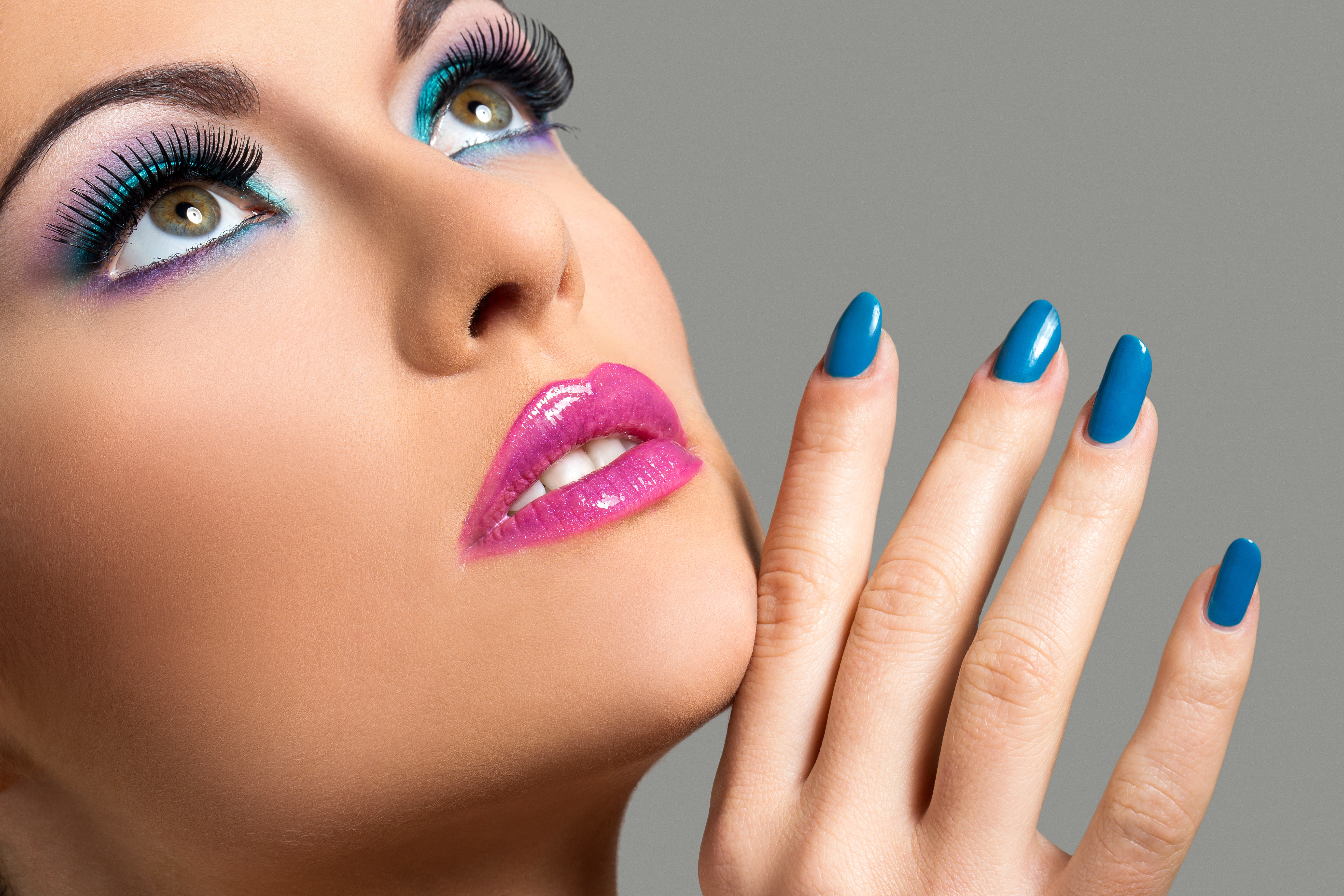 Image Manicure Makeup Beautiful Face Female Fingers 5472X3648-3735