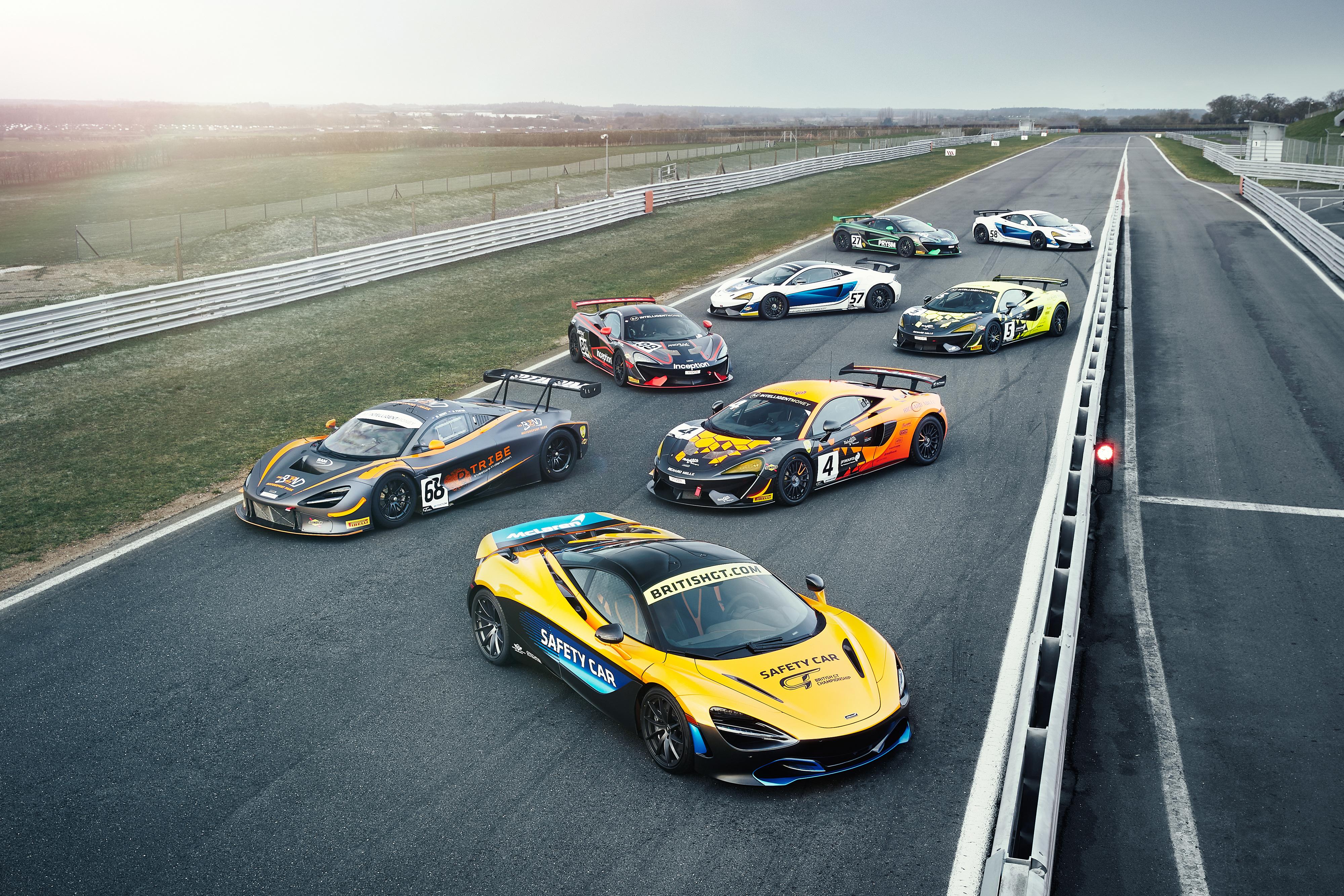 Fotos Tuning McLaren Autos Viel 4000x2667 Fahrzeugtuning auto automobil