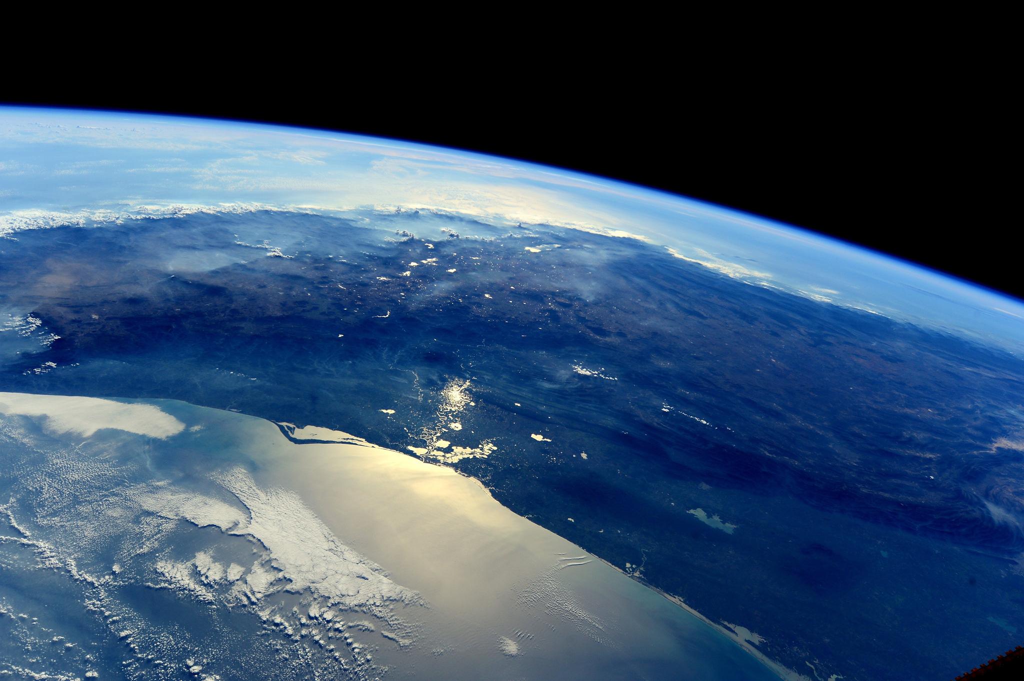 earth orbit video - HD1920×1278