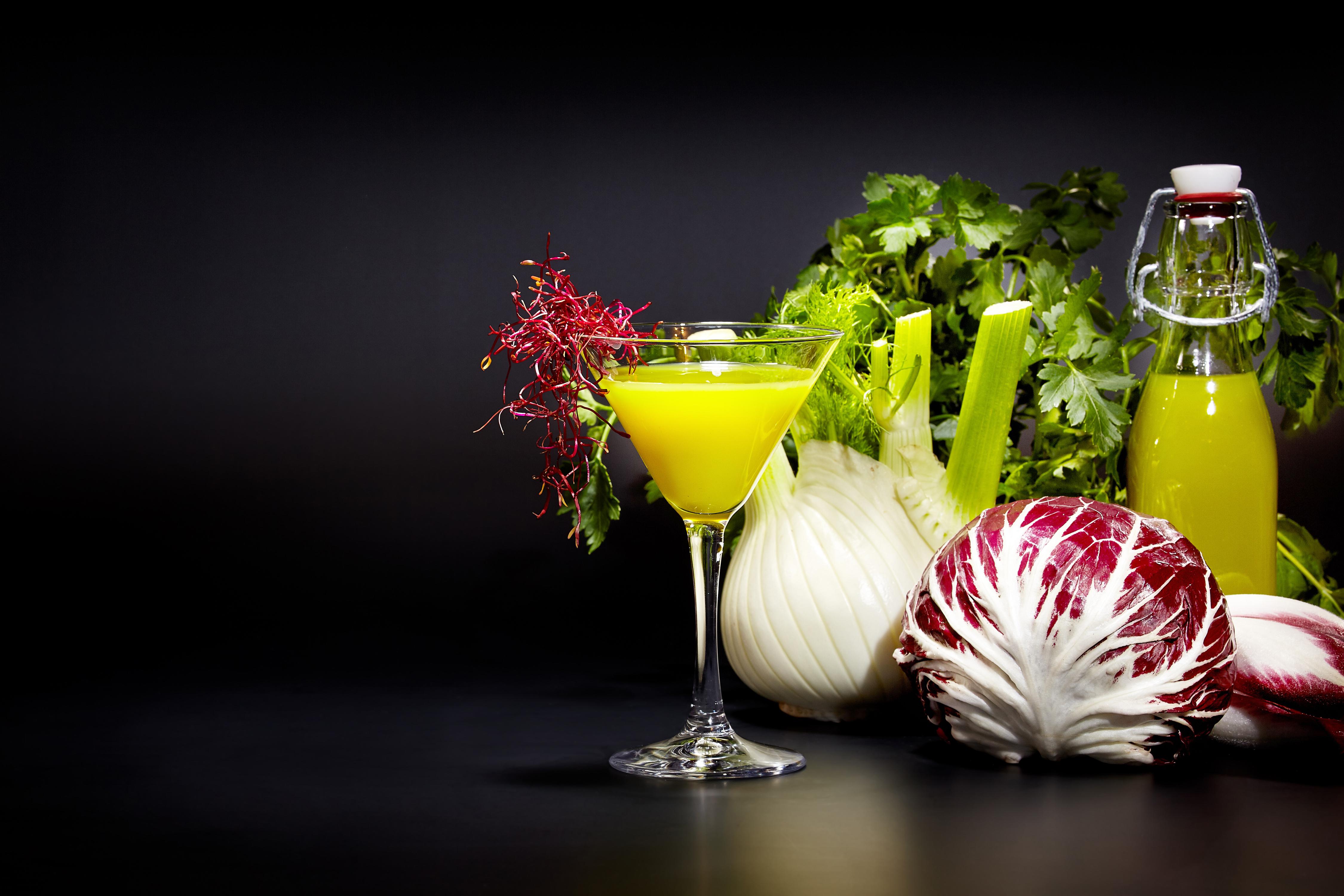 Foto Saft Gemüse flaschen Weinglas Lebensmittel Fruchtsaft Flasche das Essen