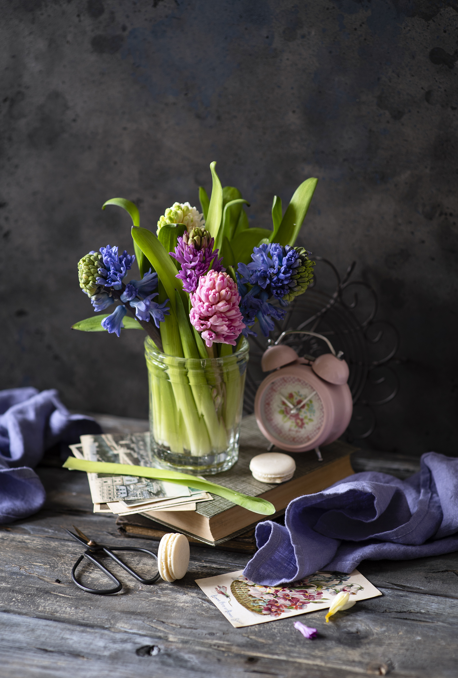 Desktop Wallpapers Macaron Flowers Alarm clock Hyacinths Still-life Wood planks  for Mobile phone french macarons flower boards