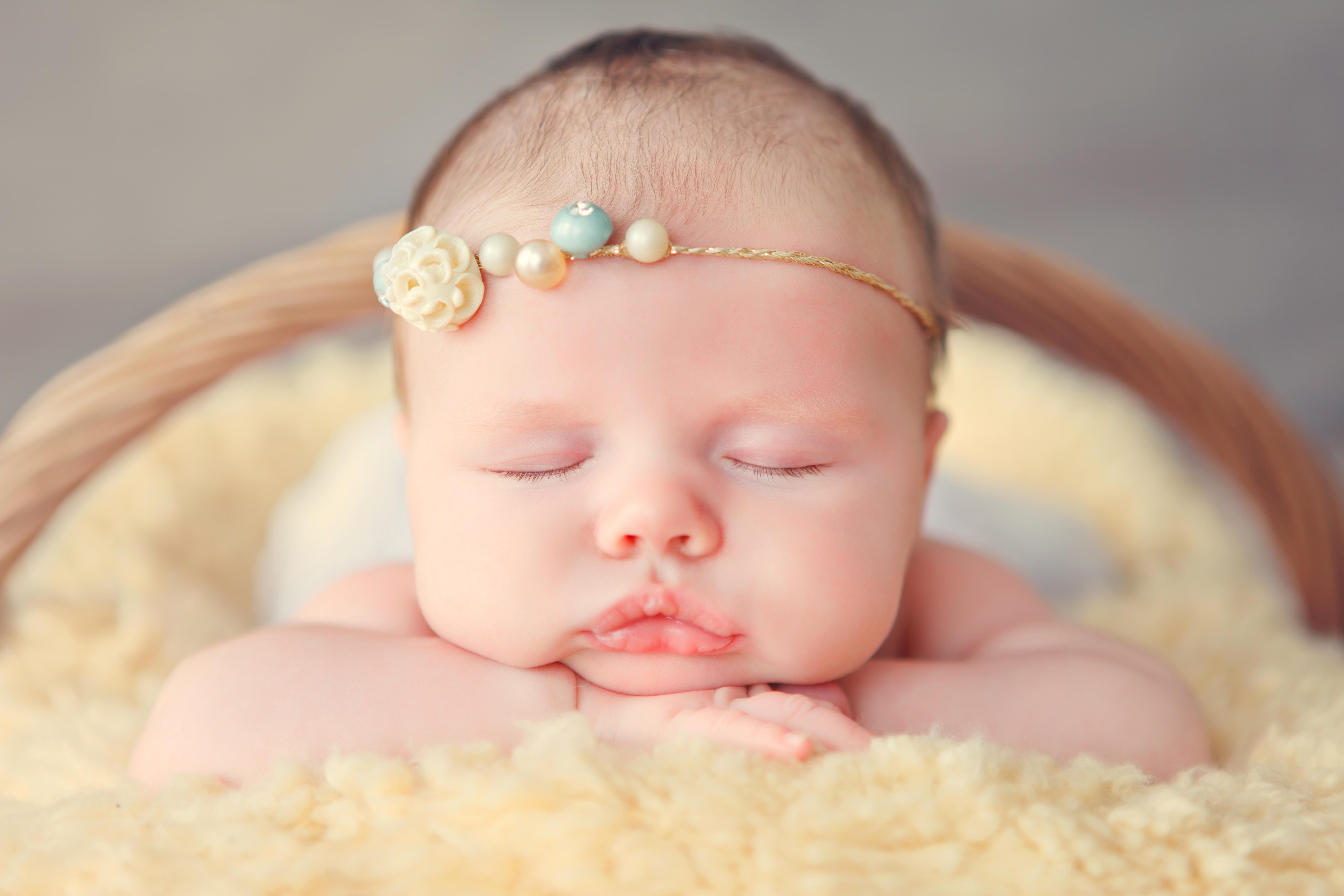 infant stormis face - HD5616×3744