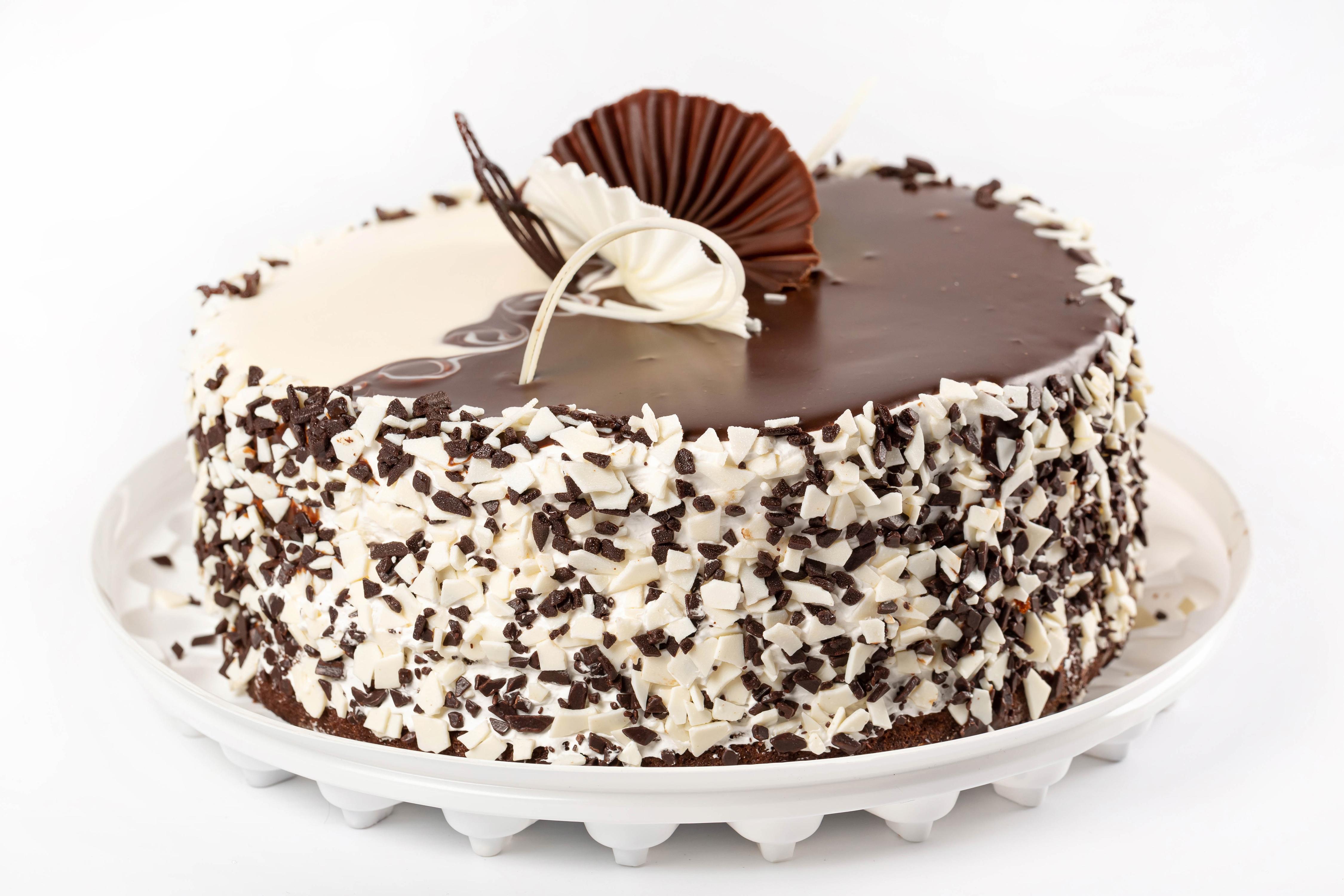 4500x3000 Bolo Chocolate Fundo branco Design comida Alimentos