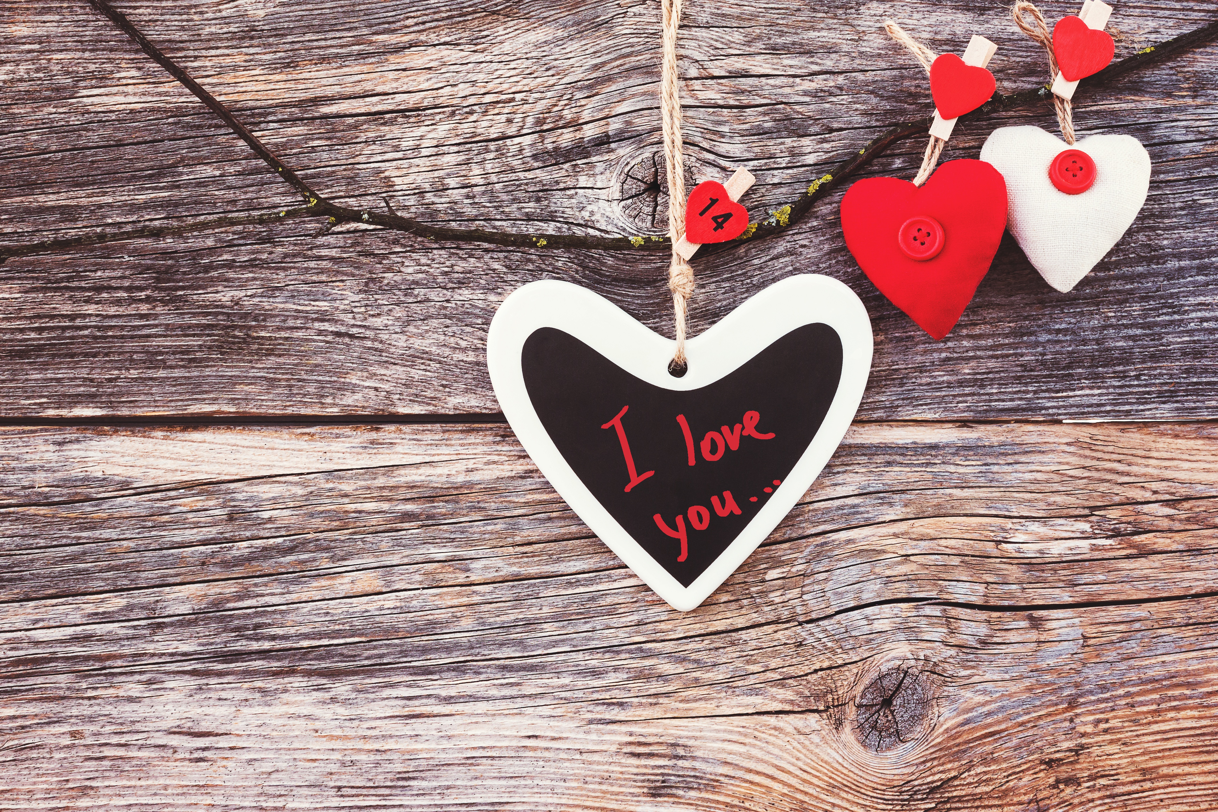 Images Valentine's Day English Heart lettering Template greeting card Wood planks text Word - Lettering boards