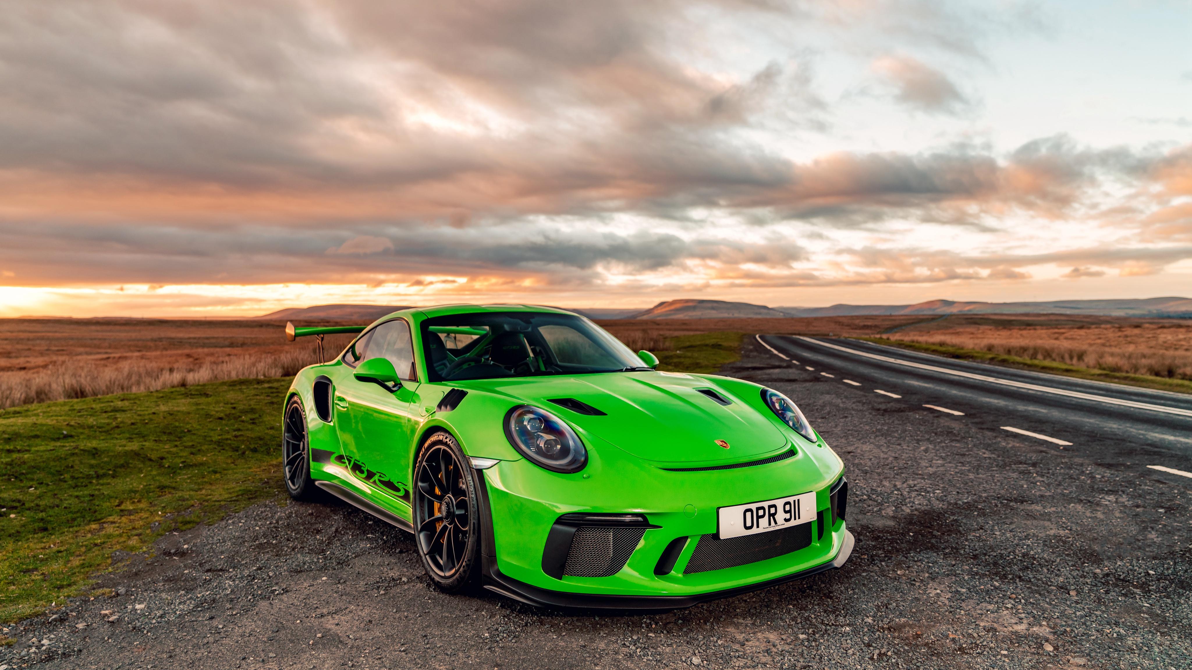 Desktop Wallpapers Porsche 911 2018 Gt3 Rs Yellow Green 4096x2304