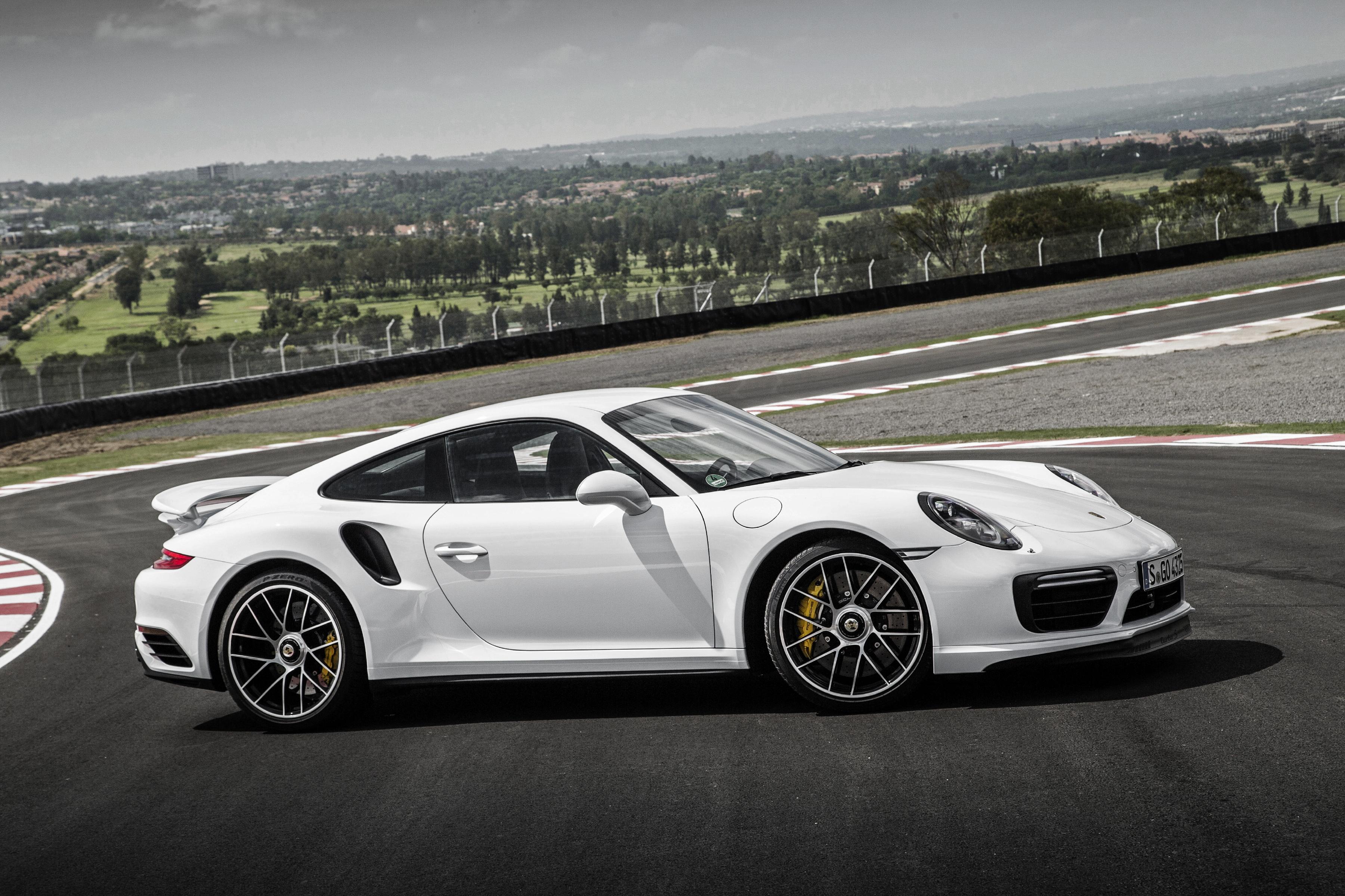 Fondos De Pantalla 3600x2400 Porsche 911 Turbo S Coupe