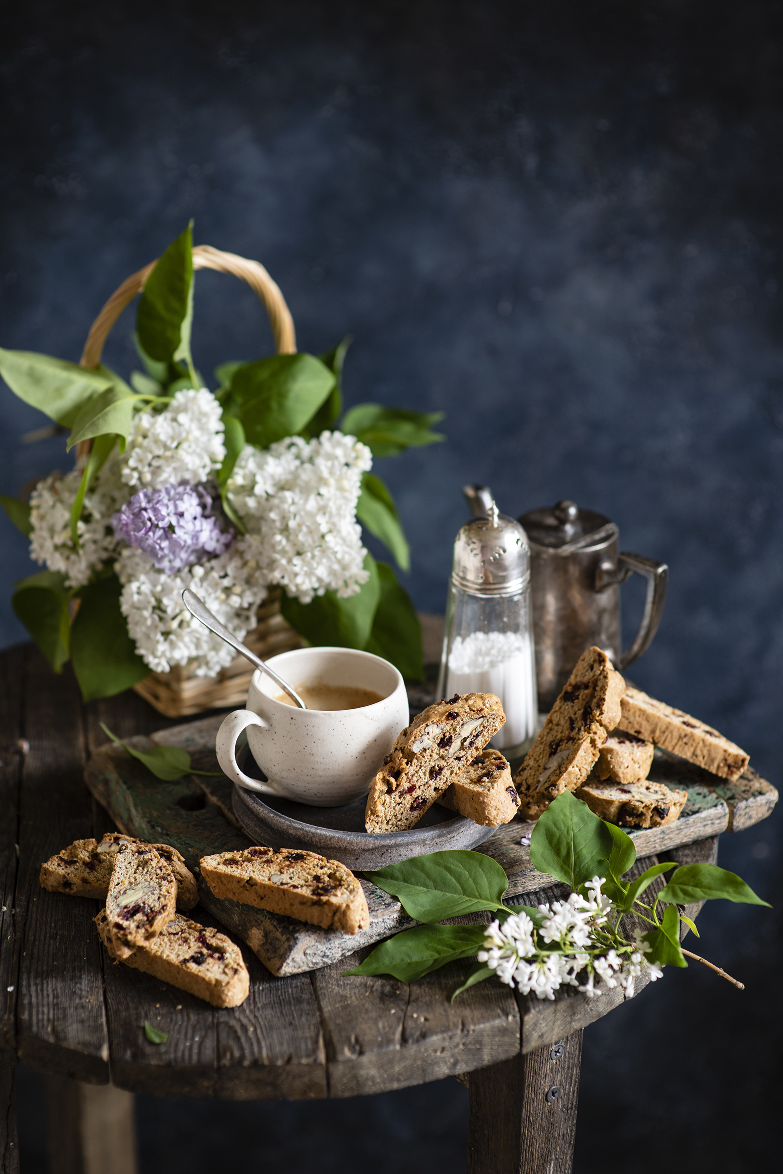 Photo Coffee Flowers Syringa Cup Food Branches Pastry Still-life  for Mobile phone Lilac flower baking
