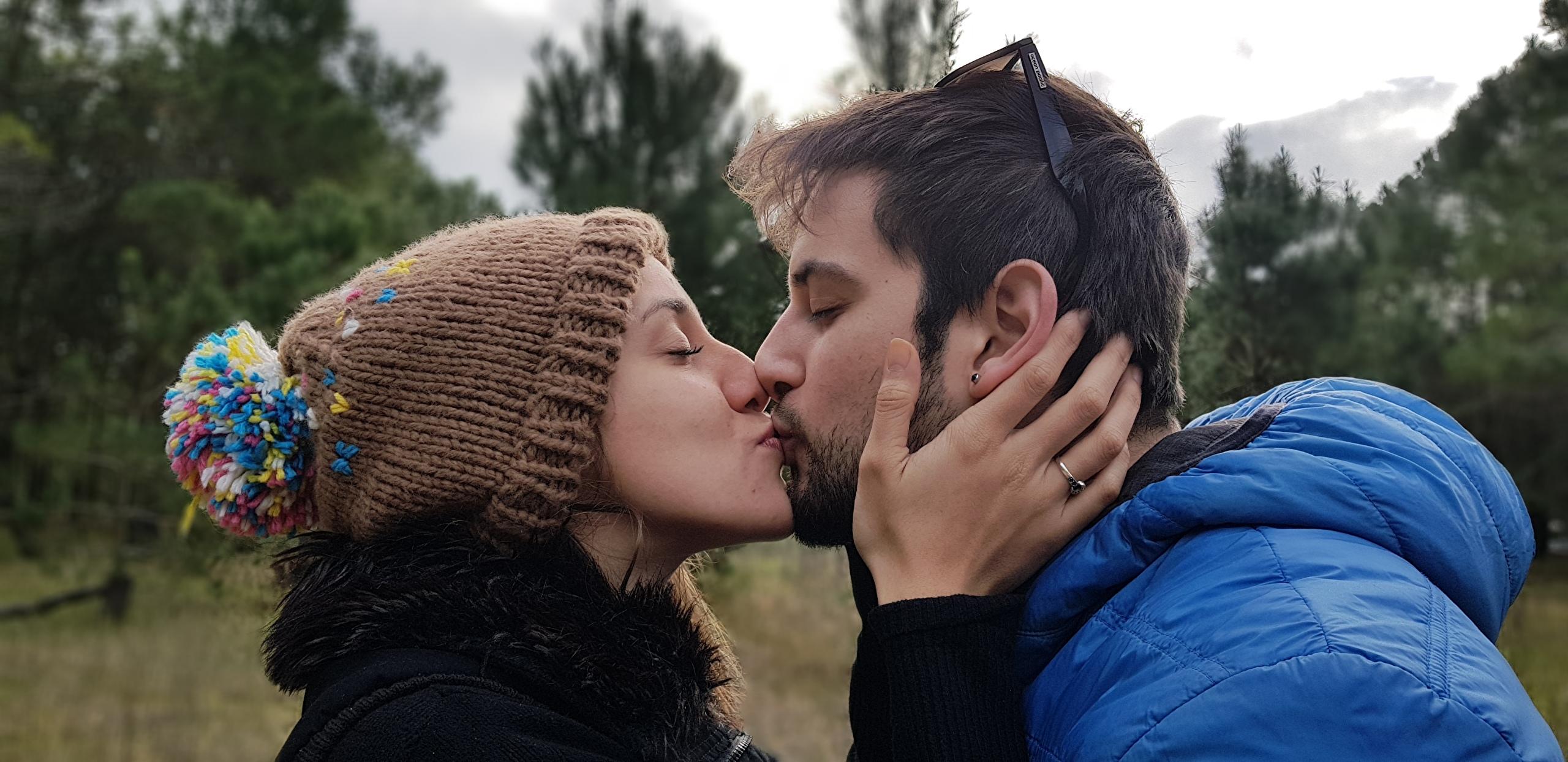 Wallpaper Men Couples in love Kiss Two Girls Winter hat