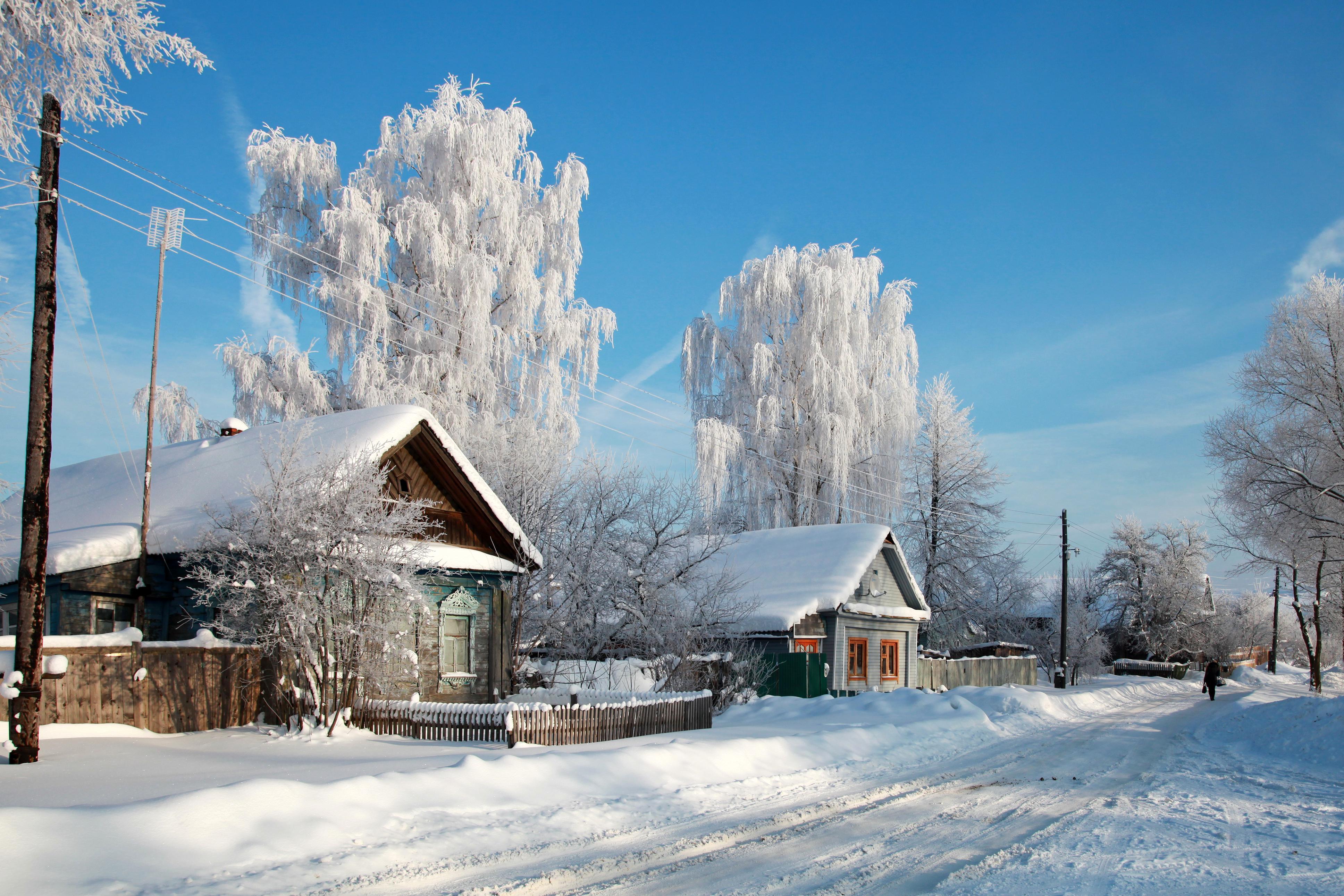 зимний домик в деревне фото