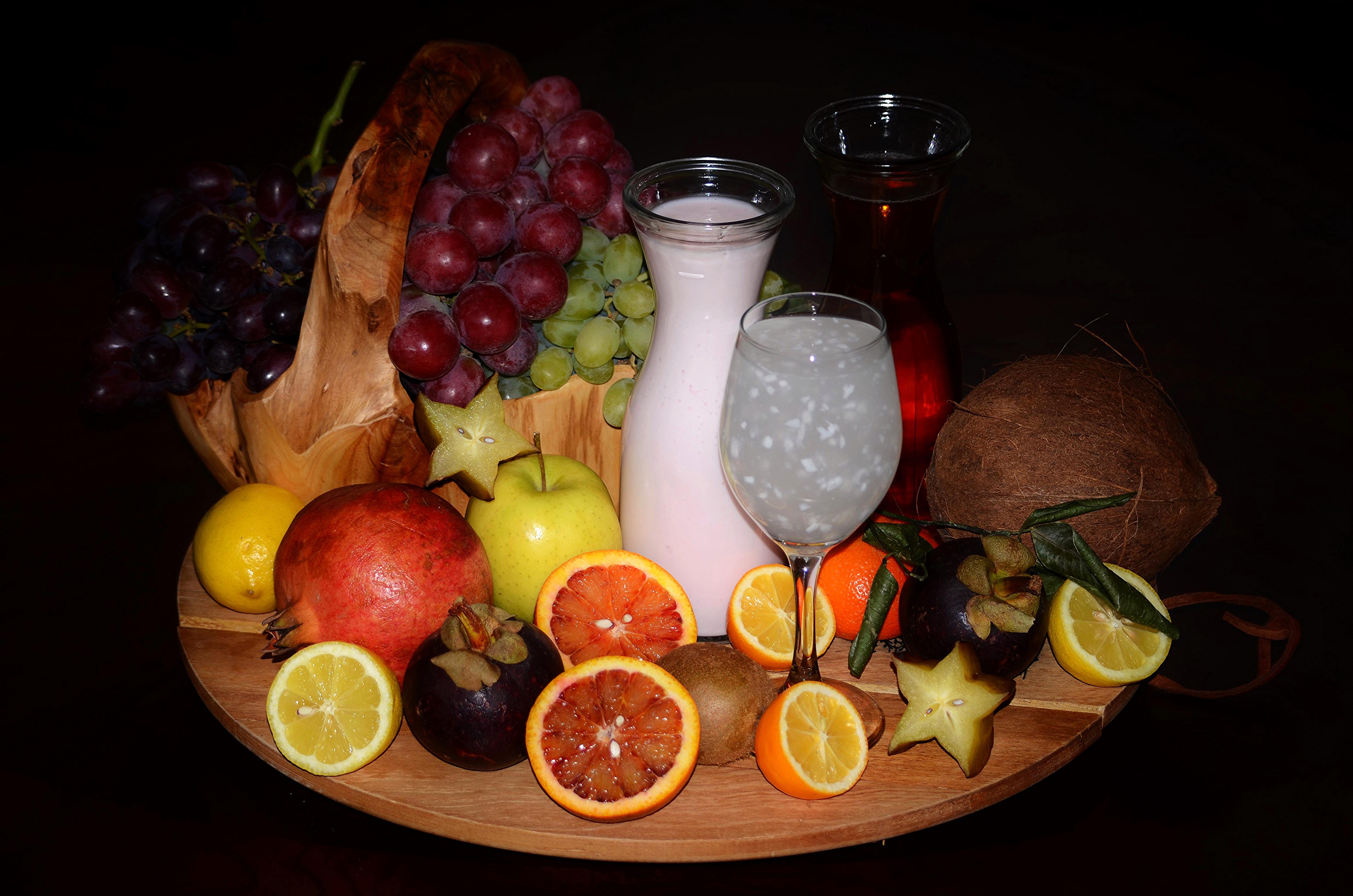 Hintergrundbilder Milch Kokos Weintraube Granatapfel Obst Flasche Weinglas Lebensmittel Zitrusfrüchte 4530x3000 Kokosnuss