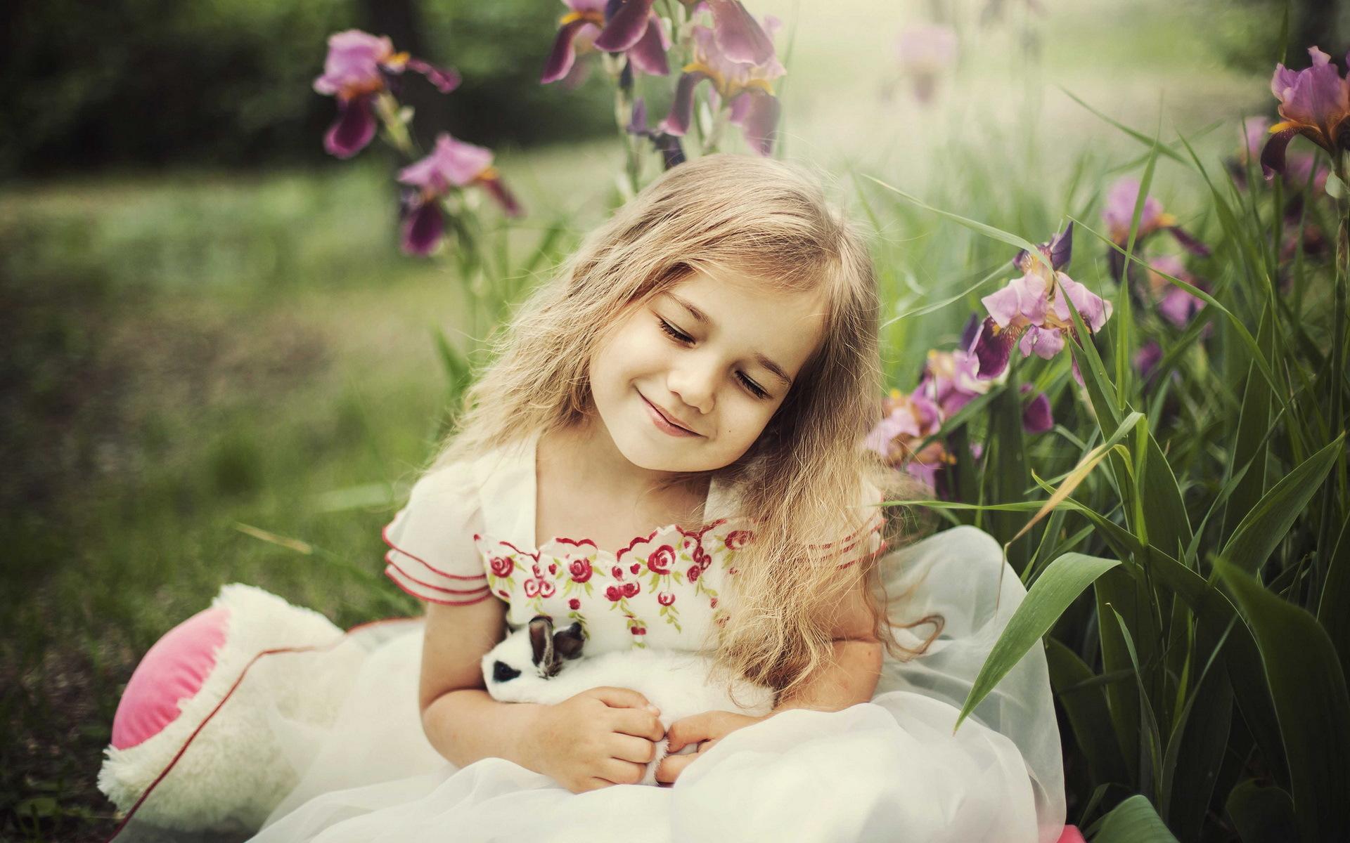 ,兔,小女孩,金发女孩,微笑,儿童,