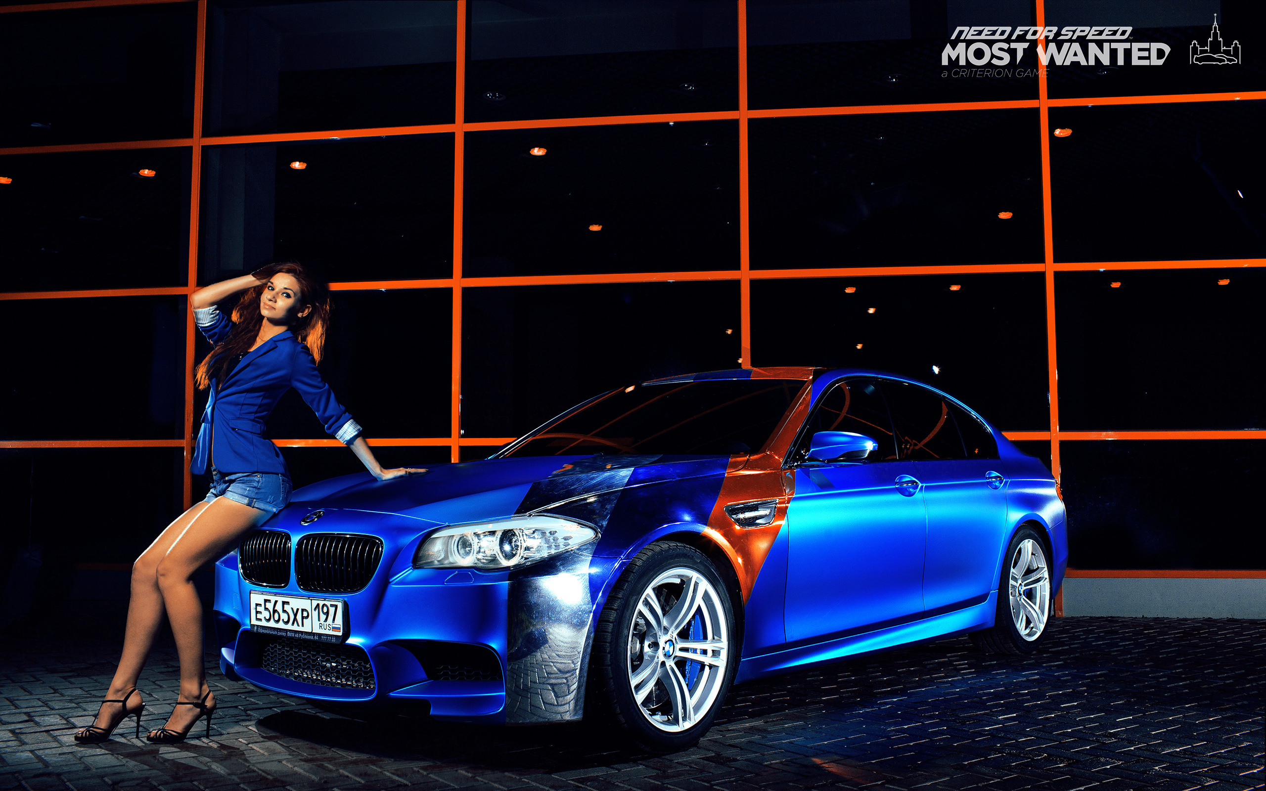 Wallpaper Bmw M5 Blue Girls Cars 2560x1600