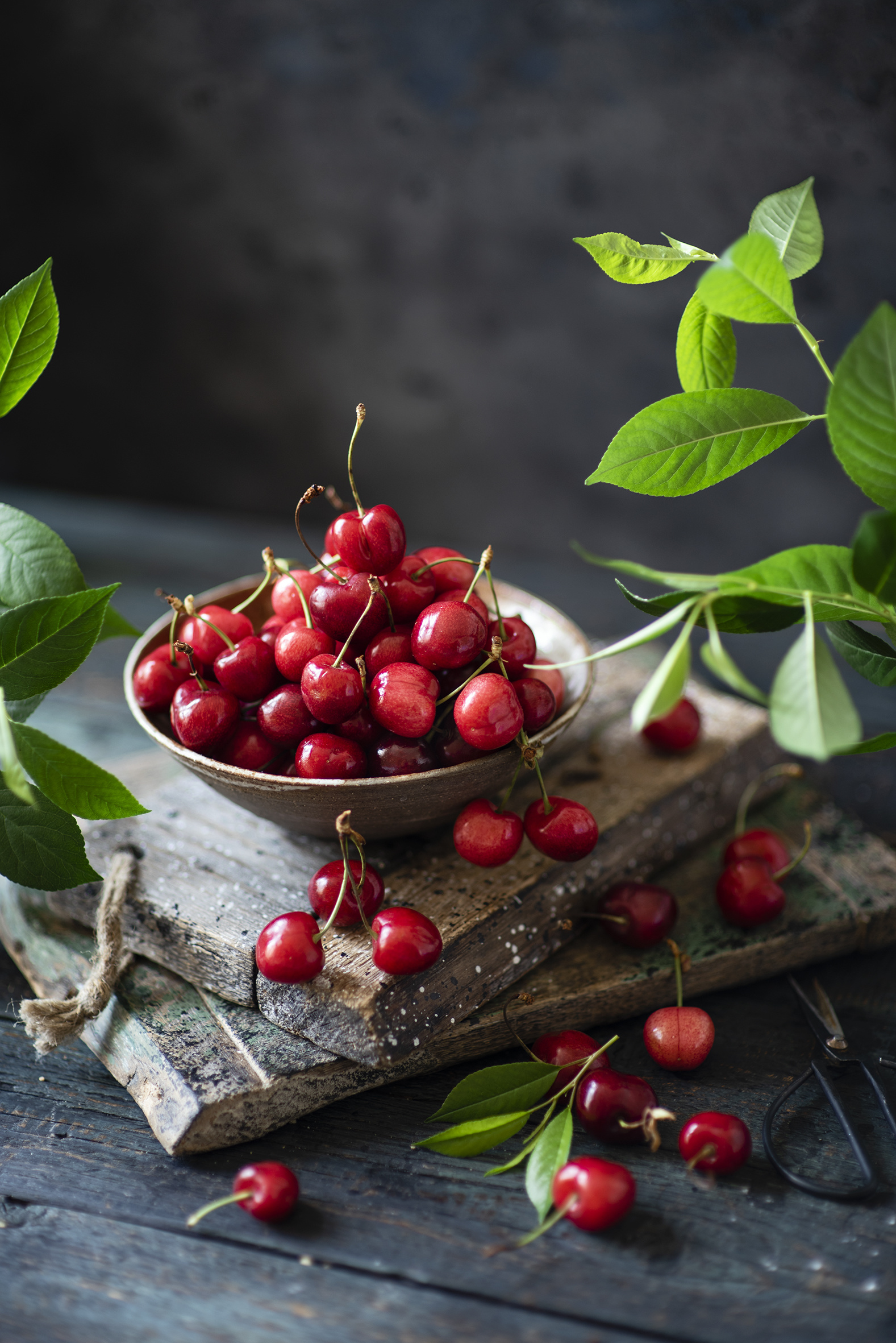 Pictures Bowl Cherry Food Many boards  for Mobile phone Wood planks