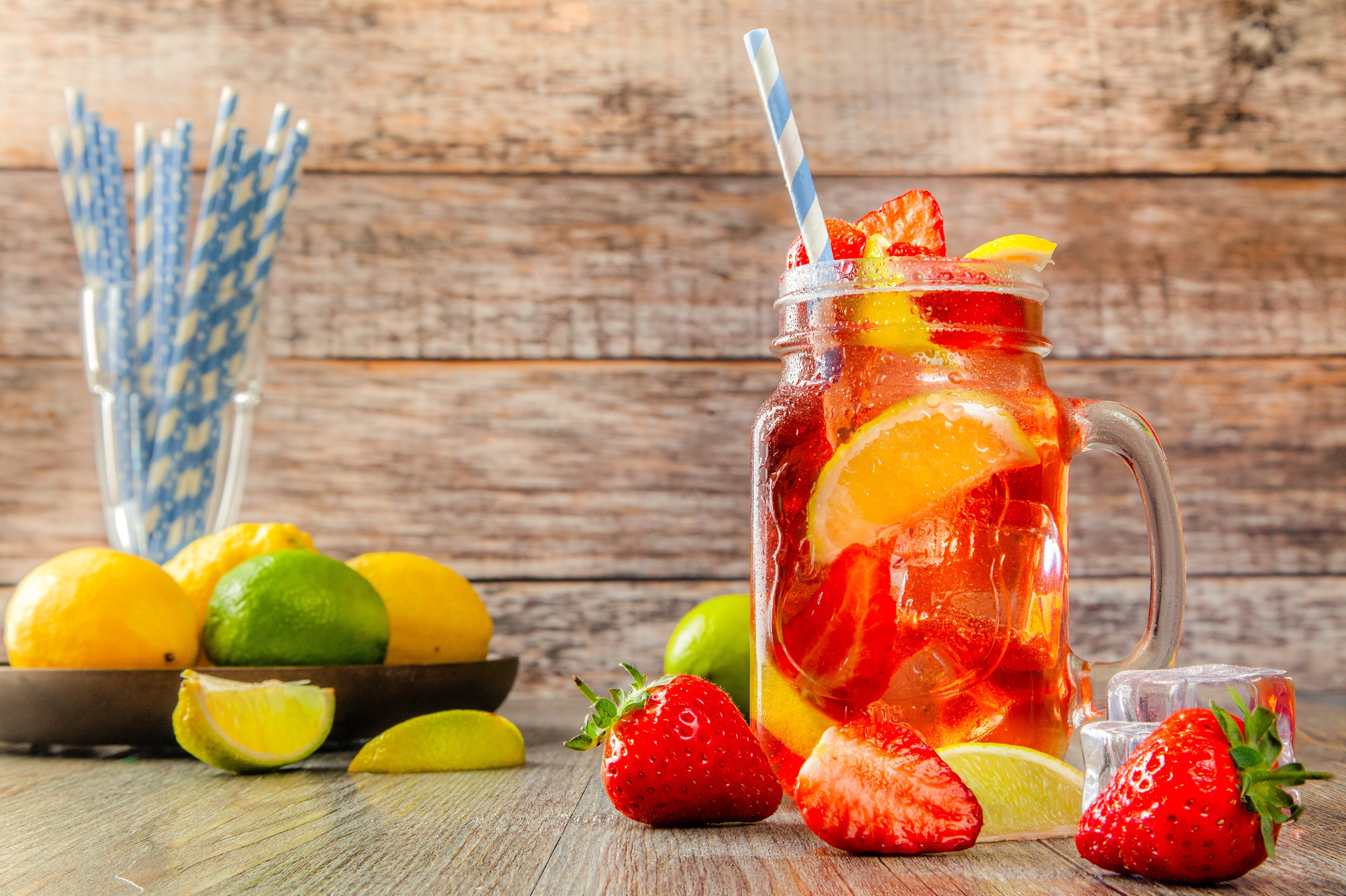 Pictures Lemonade Jar Strawberry Food 3083x2053