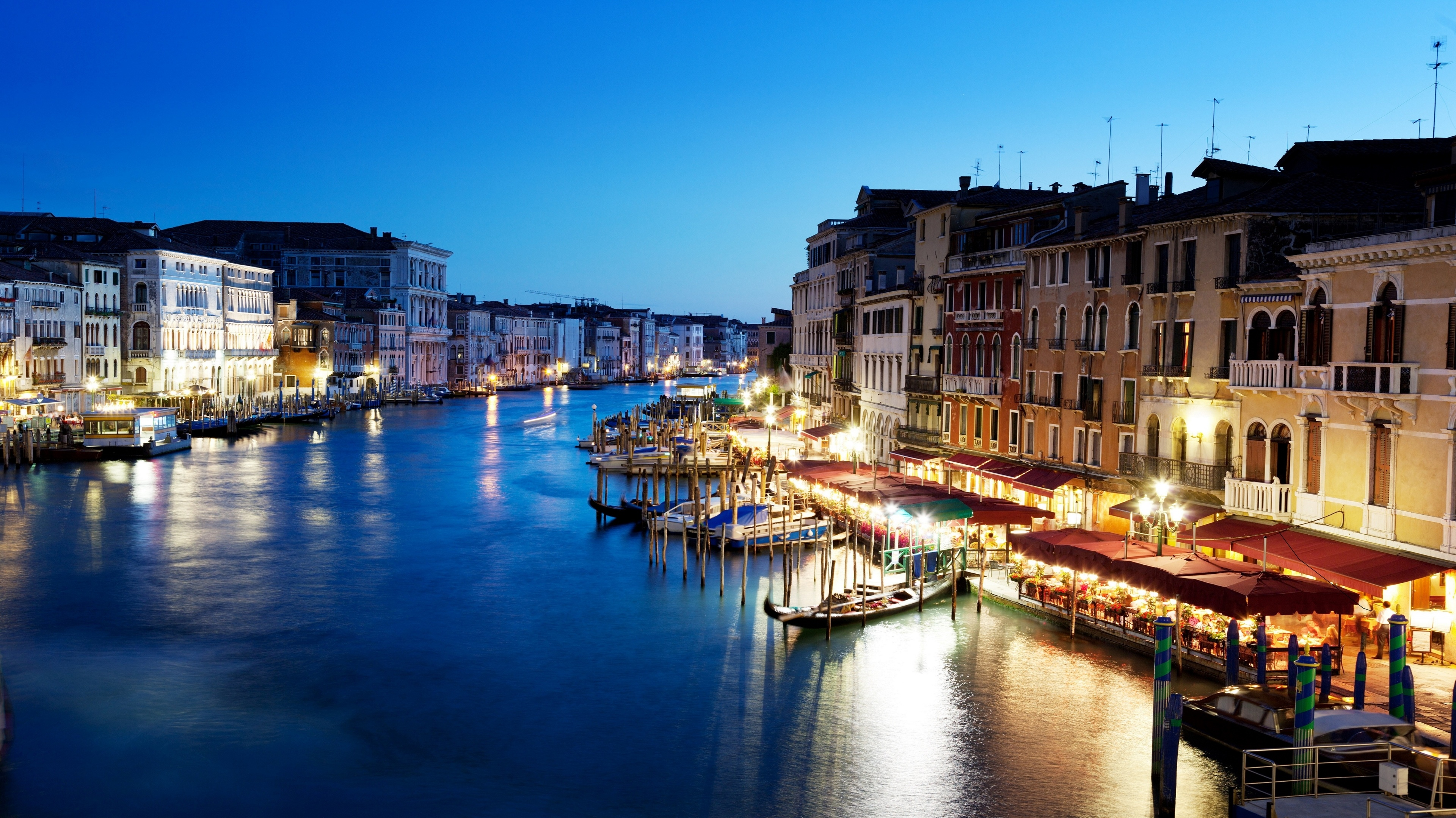 Picture Venice Italy Grand canal Canal Boats Street lights Cities Building Houses