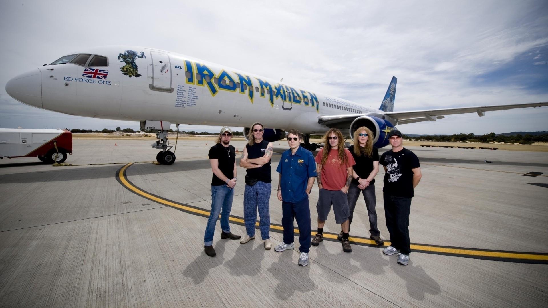 Fondos De Pantalla 1920x1080 Iron Maiden Avións Avión