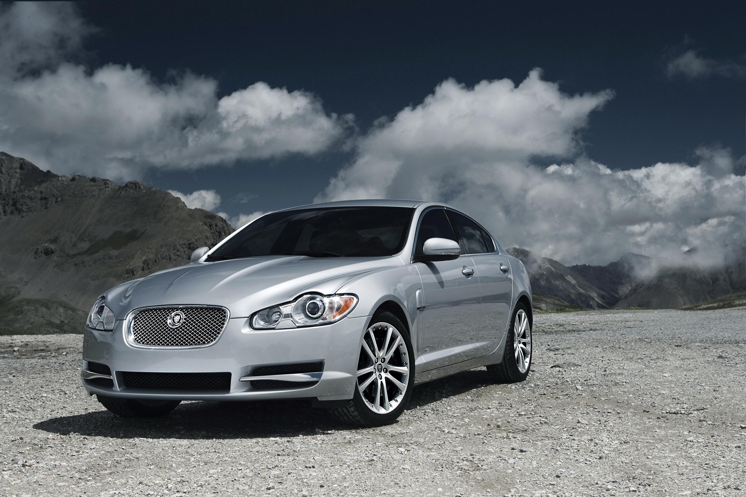 壁紙 ジャガー 自動車 09 Xf S Diesel 銀色 正面図 雲 自動車 ダウンロード 写真