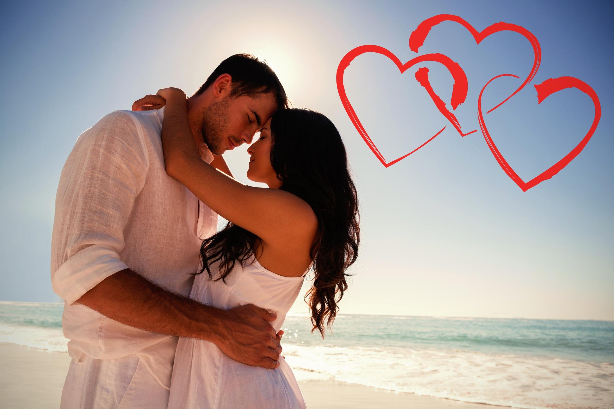 Bilder Valentinstag Braune Haare Mann Herz Zwei Liebe Umarmung Mädchens 2560x1706 Braunhaarige 2