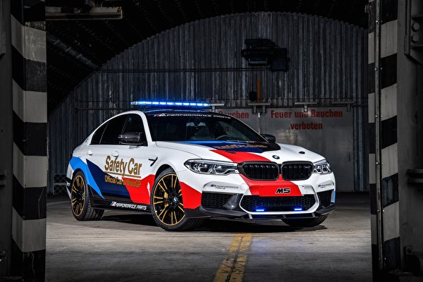 Images BMW Tuning 2018 M5 MotoGP Safety Car auto 600x400 Cars automobile