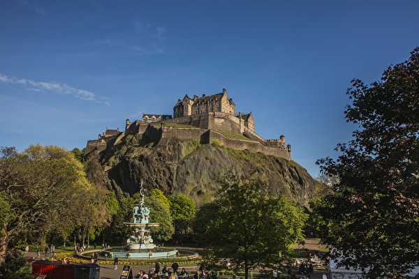 600x400、スコットランド、城、噴水、Edinburgh Castle, Castle Rock、岩、岩石、都市、