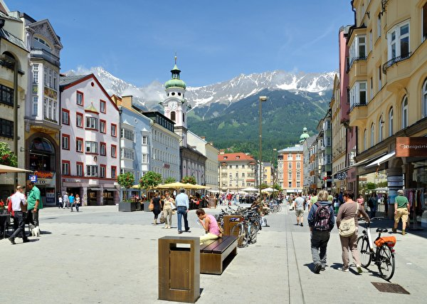 Images Austria Maria Theresa Street, Innsbruck Bicycle Street Bench Street lights Cities 600x427 bike bicycles