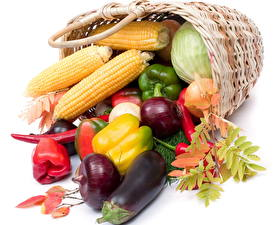 Picture Vegetables Bell pepper Corn Wicker basket  Food