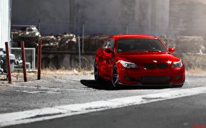 Bureaubladachtergronden BMW Rood Vooraanzicht Auto