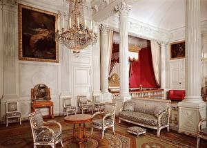 Photo Interior Retro Chairs Chandelier Design