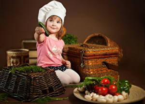Picture Vegetables Cook Little girls Wicker basket child