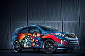 Bakgrunnsbilder KIA Graffiti Superhelter Side utsikt 2014 Sorento Justice League automobil