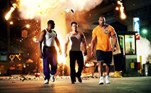 Desktop wallpapers Man Mark Wahlberg Dwayne Johnson Pain & Gain Negroid Movies Celebrities