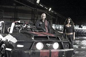 Pictures Death Race Jason Statham Machine guns Man Front Headlights Movies Cars