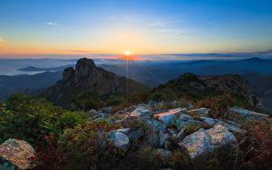 Fotos Landschaftsfotografie Sonnenaufgänge und Sonnenuntergänge Himmel Frankreich Steine Provence Sonne Alpen Horizont Natur