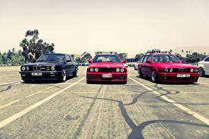 Bureaubladachtergronden BMW Vooraanzicht Parkeerplaats E34 M5 E30 325i automobiel