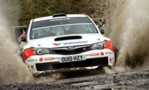 Bilder Subaru Vorne Spritzwasser Weiß Impreza auto Sport