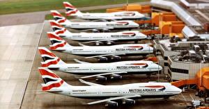 Fotos Flugzeuge Verkehrsflugzeug Viel Boeing Boeing 747 British Airways Luftfahrt