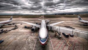 Hintergrundbilder Flugzeuge Verkehrsflugzeug Boeing HDRI Wolke Boeing 777