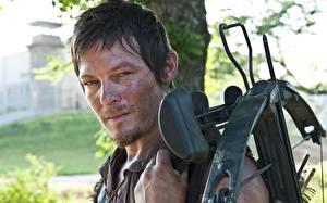 Wallpapers Men Archers The Walking Dead TV Norman Reedus Crossbow Celebrities