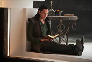 Wallpaper Thor: The Dark World Man Tom Hiddleston Movies Celebrities