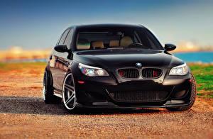 Bureaubladachtergronden BMW Zwart kleur Vooraanzicht M5 E60 automobiel