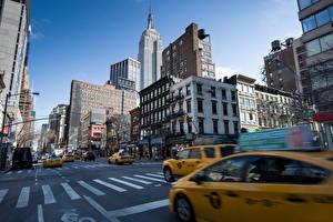Sfondi desktop USA Strade Edificio Taxi - Auto Grattacielo New York Via della città Manhattan Città
