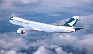 Hintergrundbilder Flugzeuge Verkehrsflugzeug Boeing Flug Wolke Cathay Pacific Boeing 747