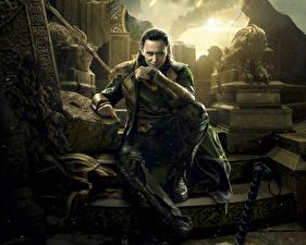Images Thor: The Dark World Men Tom Hiddleston Celebrities