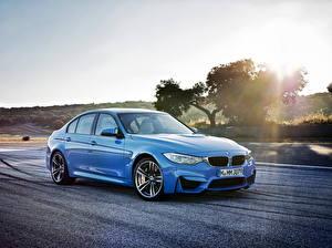 Fonds d'écran BMW Routes Bleu ciel 2014 M3 Voitures