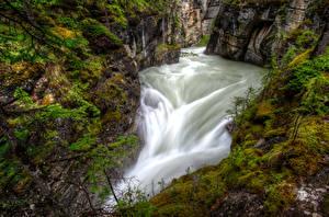 Fotos Kanada Wasserfall Park HDR Canyon Jasper park Maligne Canyon