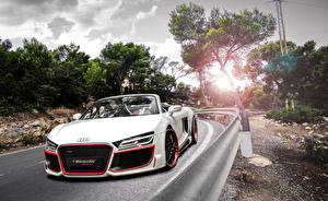 Pictures Audi Tuning Roads White Convertible Front 2013 R8 V10 spyder auto