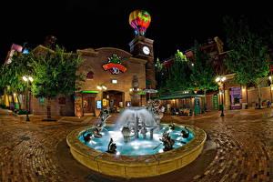 Fotos USA Disneyland Park Springbrunnen Kalifornien Anaheim HDRI Design Nacht Straßenlaterne Städte