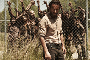 Pictures Zombie Man The Walking Dead TV Andrew Lincoln Celebrities