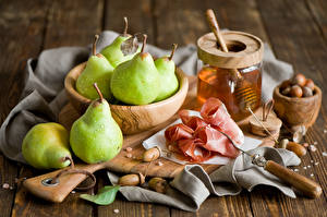 Pictures Pears Honey Nuts Cup