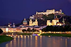 Bureaubladachtergronden Oostenrijk Huizen Burcht Rivieren Salzburg Nacht Steden